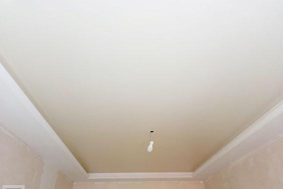 Матовый натяжной потолок, пример.