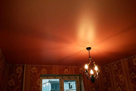 Сатиновый натяжной потолок, пример.